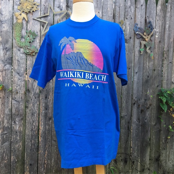 cf9c11c3 Vintage 80s Waikiki Hawaii Neon Sunset Graphic Tee.  M_5b88d7c2477368ca987de4bc